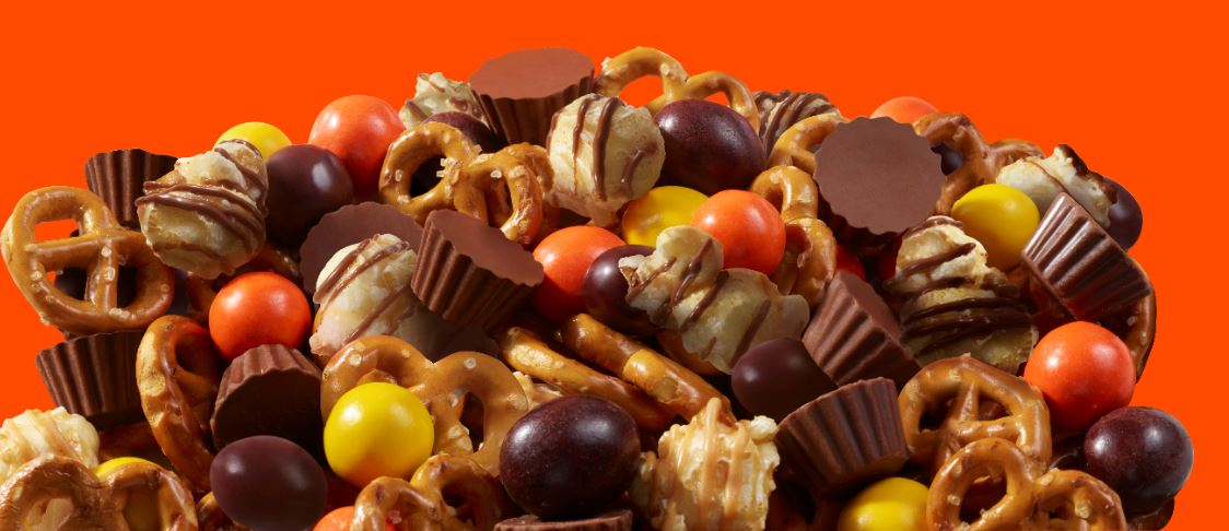 Reese's Popped Snack Mix (226g)-9623